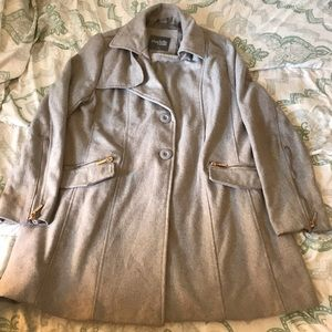Cute comfy gray Charlotte Russe coat